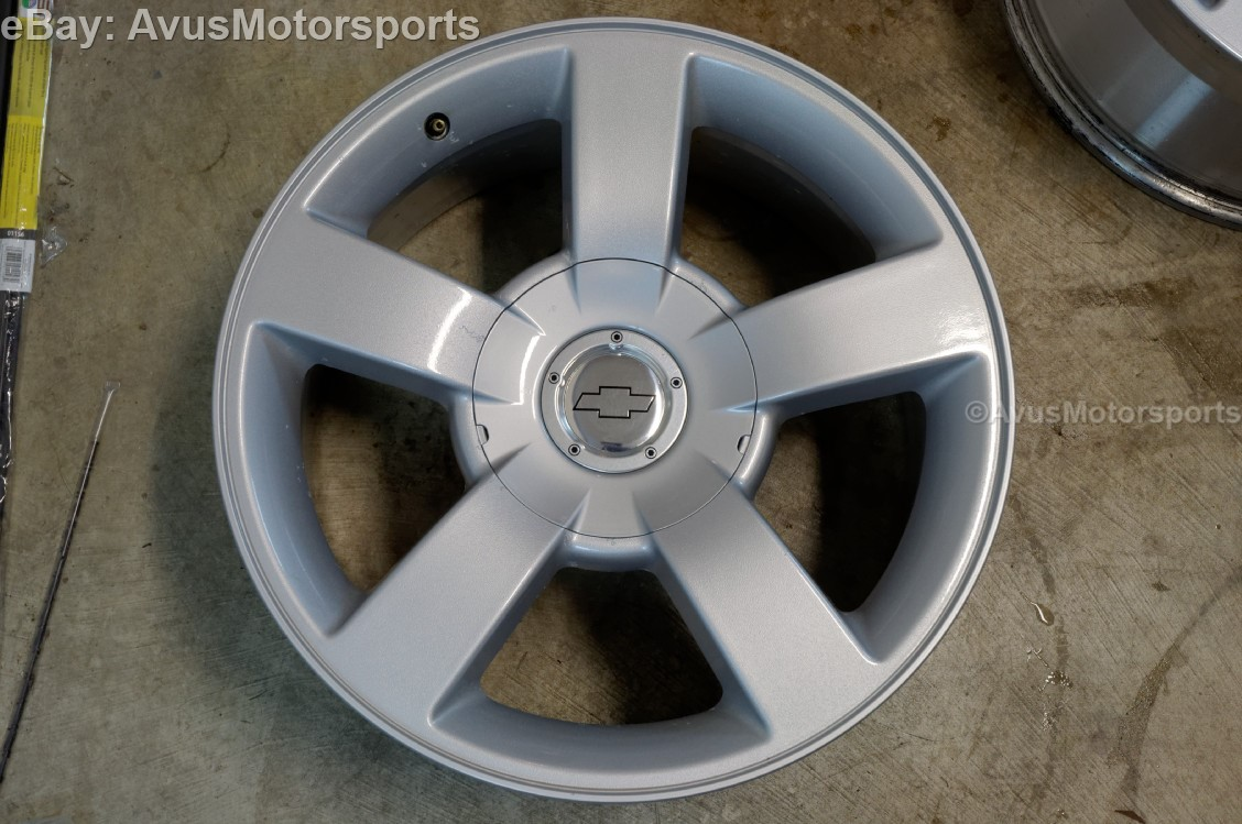 chevy silverado ss 20 oem wheels tires suburban tahoe 1500 gmc yukon sierra ebay. Black Bedroom Furniture Sets. Home Design Ideas